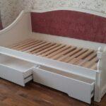 Белая кровать в детскую на заказ