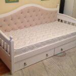 Бежевая кровать для детской на заказ